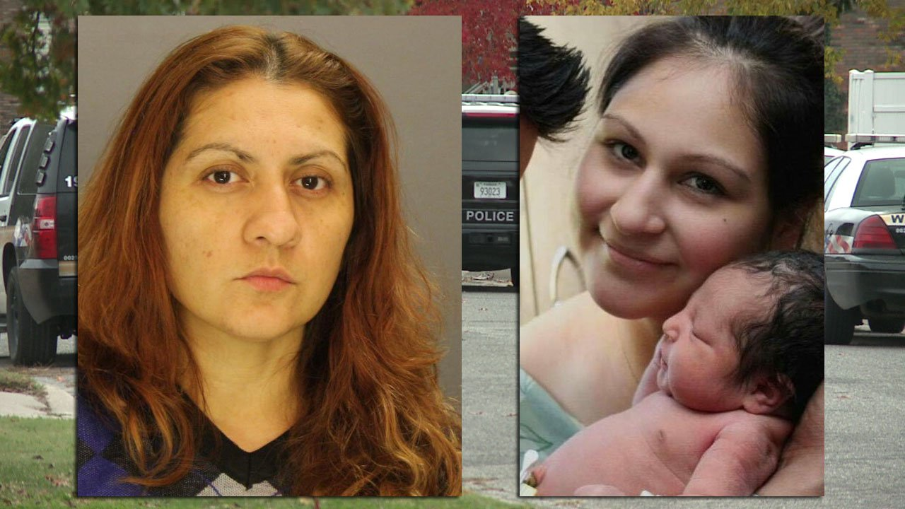 Yesenia Sesmas (left) and Laura Abarca-Nogueda with Baby Sophia