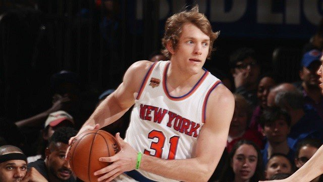 Knicks use nearly all their money on Ron Baker