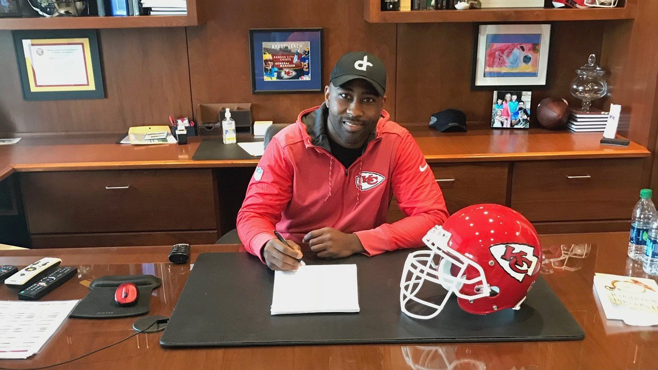 Chiefs shockingly sign 32-year-old, 7-time Pro Bowler Darrelle Revis