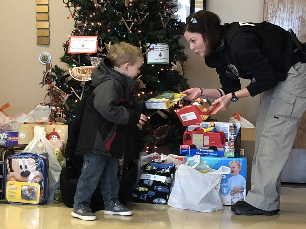 Valley Center community and officer collect donations for child in need