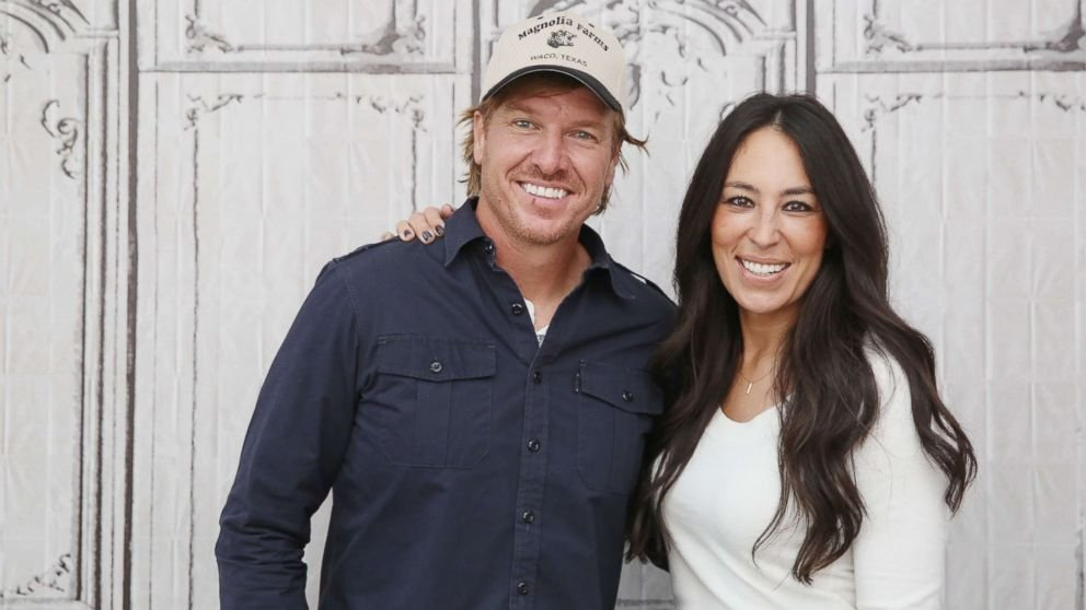'Fixer Upper' stars settle with EPA on lead paint violations