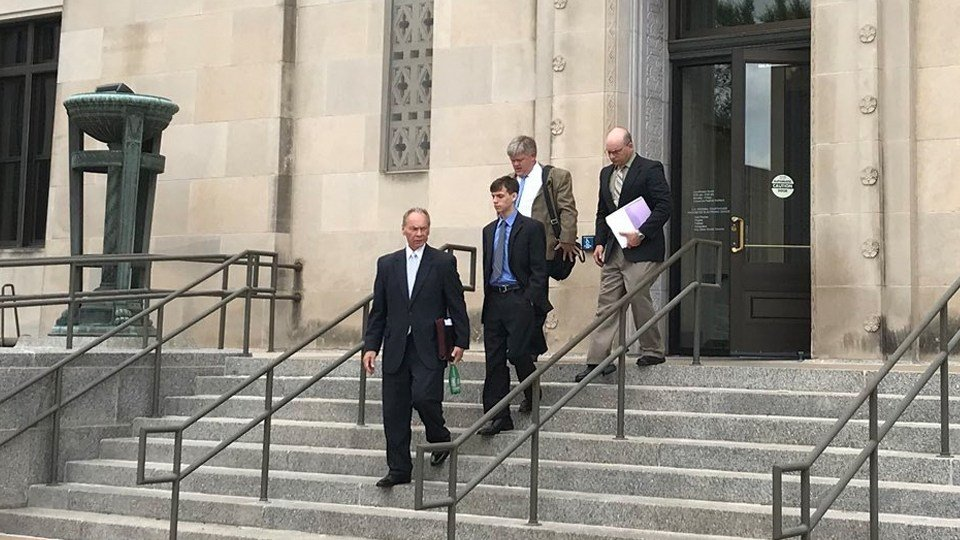 Viner and his attorneys leave courthouse. No comments were made by any of the men. (Lily Wu)