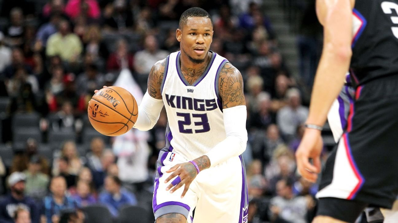 Kings reacquire Ben McLemore in deal with Grizzlies, per report