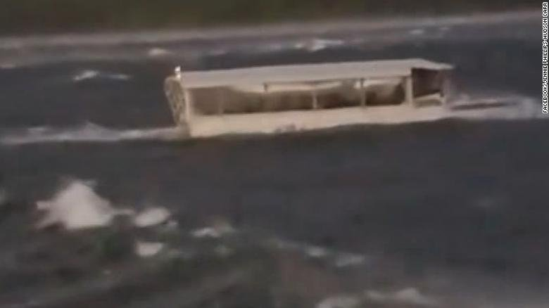 At least 8 dead after duck boat capsizes near Branson, Missouri