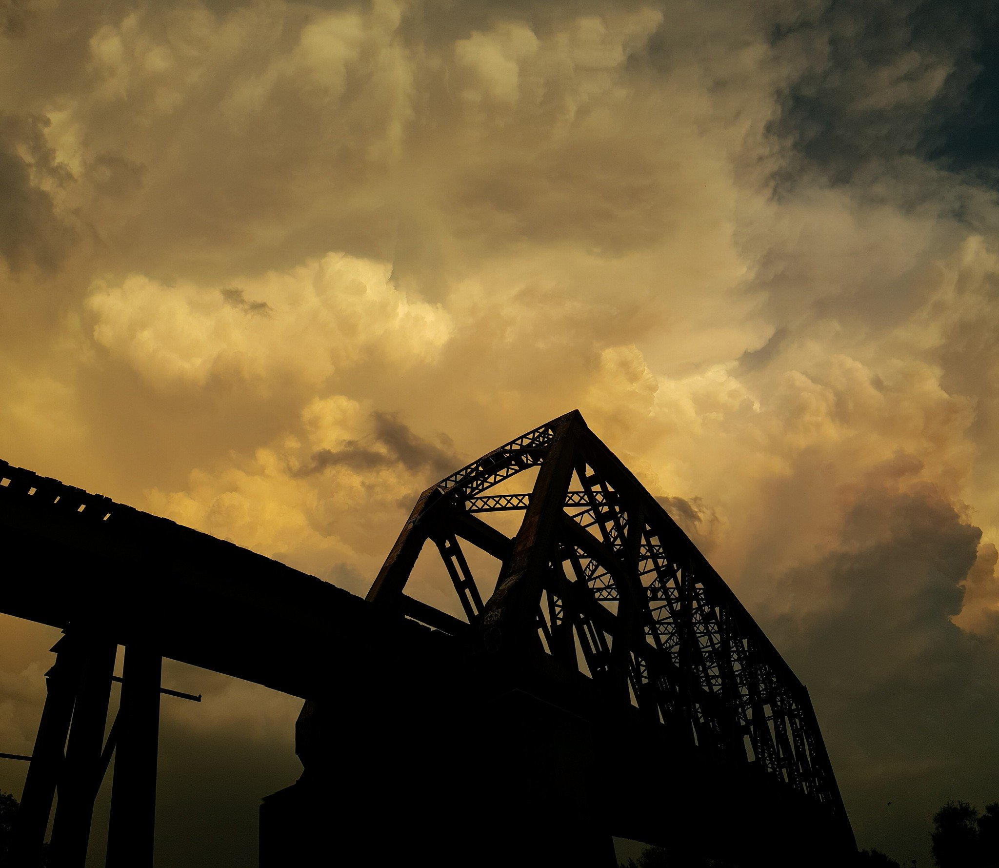 Severe weather, tornado causes damage in Arkansas City - KTEN.com ...