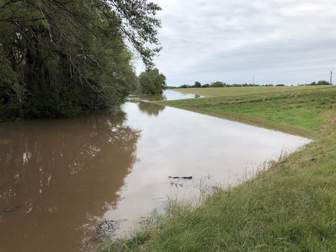 Flood waters continue to affect Reno County