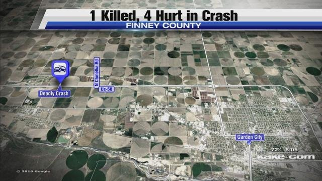 Garden City Ks >> 1 Killed 4 Hurt In Crash Near Garden City