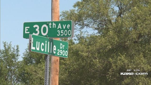 Parents want a traffic light near Hutchinson middle school
