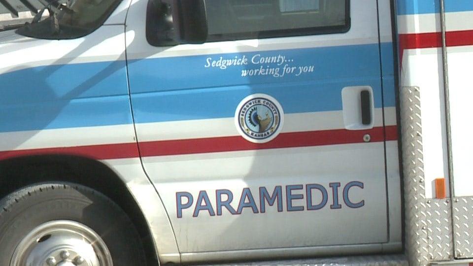 2 critically hurt in crash on K-42 near Wichita
