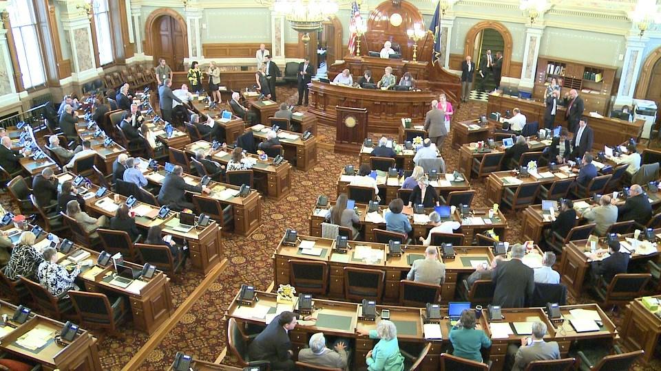 Partisan sniping marks Kansas redistricting before it starts