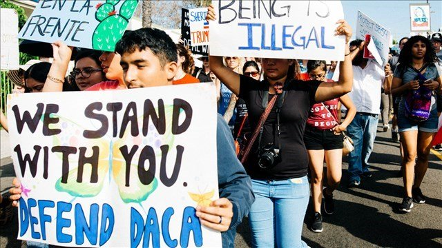 MGN Online | DACA protesters march for immigrant rights in Los Angeles, CA