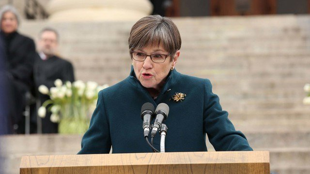 Laura Kelly speaks after being sworn in as governor of Kansas (KTKA)
