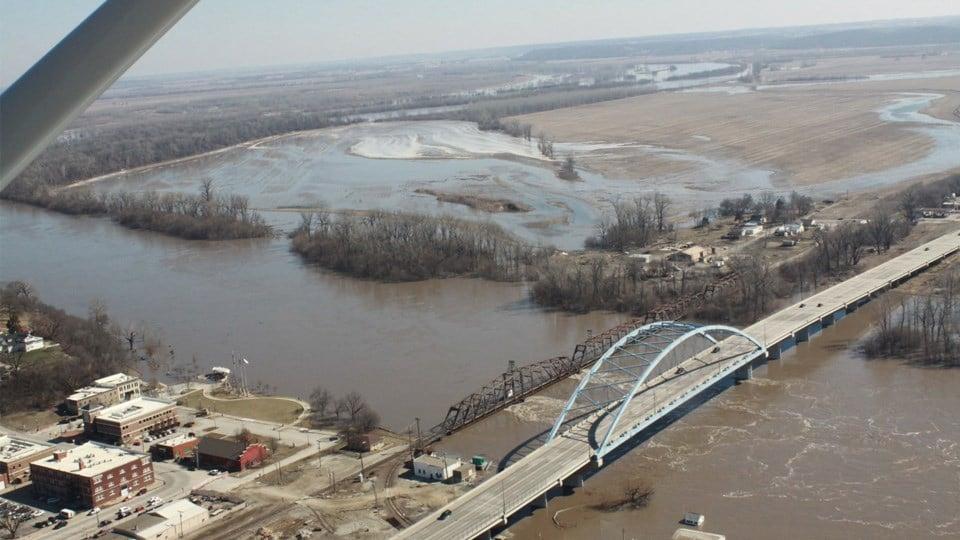 Flooding near Atchison - Twitter/@KHPAircraft