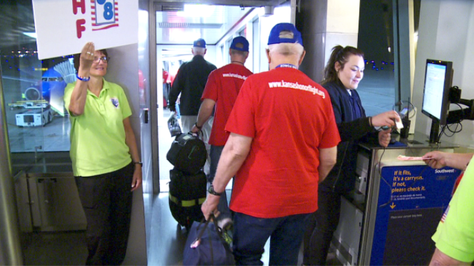 They're off! Veterans head to Washington DC aboard Honor Flight