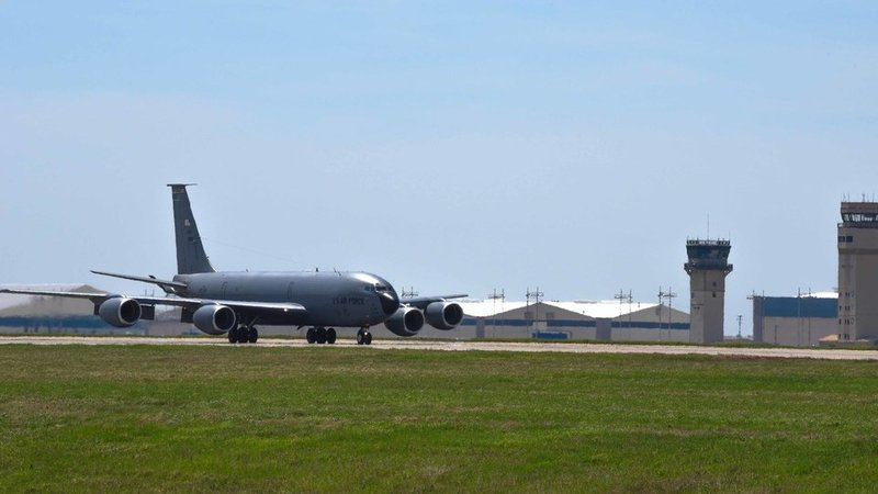 Photo via: www.mcconnell.af.mil (U.S. Air Force photo by Airman 1st Class Alexi Myrick)