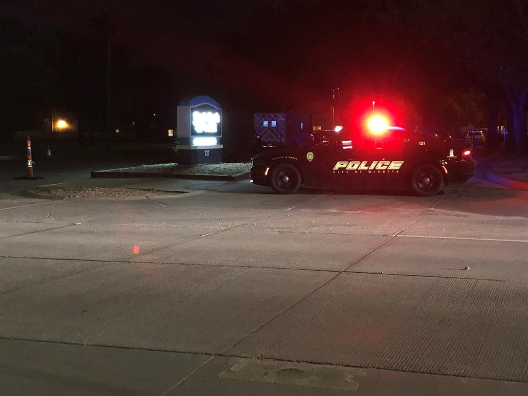 Police block off apartment complex