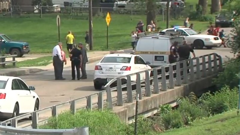 The scene in Indianapolis where a body was found in a suitcase (ABC news)