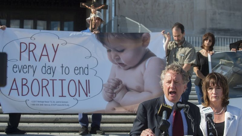 (Travis Spradling/The Advocate via AP)