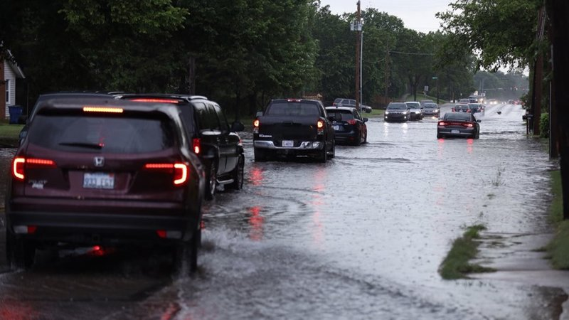 Flooding near 13th and Meridian in Wichita on June 18, 2019 (Matt Crow/KAKE)