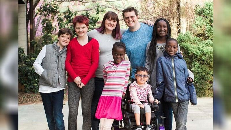 Lee dingle and his family (gofundme.com)
