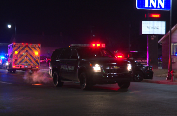 Man shot to death outside of motel