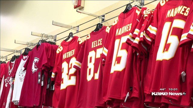 Rally House stores prep for possible Chiefs win
