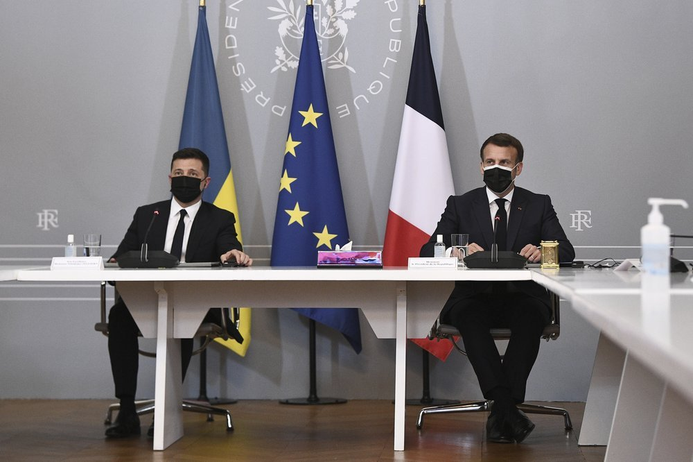 France, Germany, Ukraine call for Russian troops withdrawal