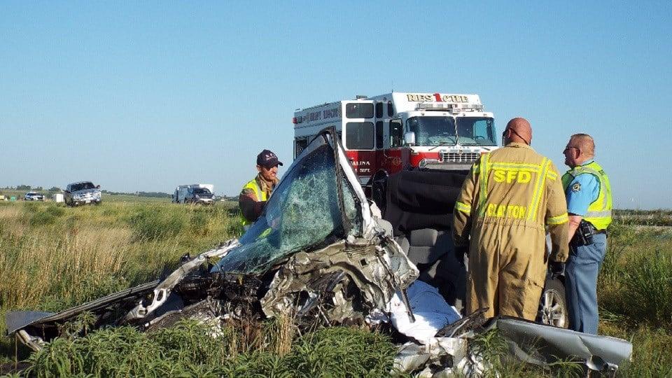 One killed in Saline County crash along I-70