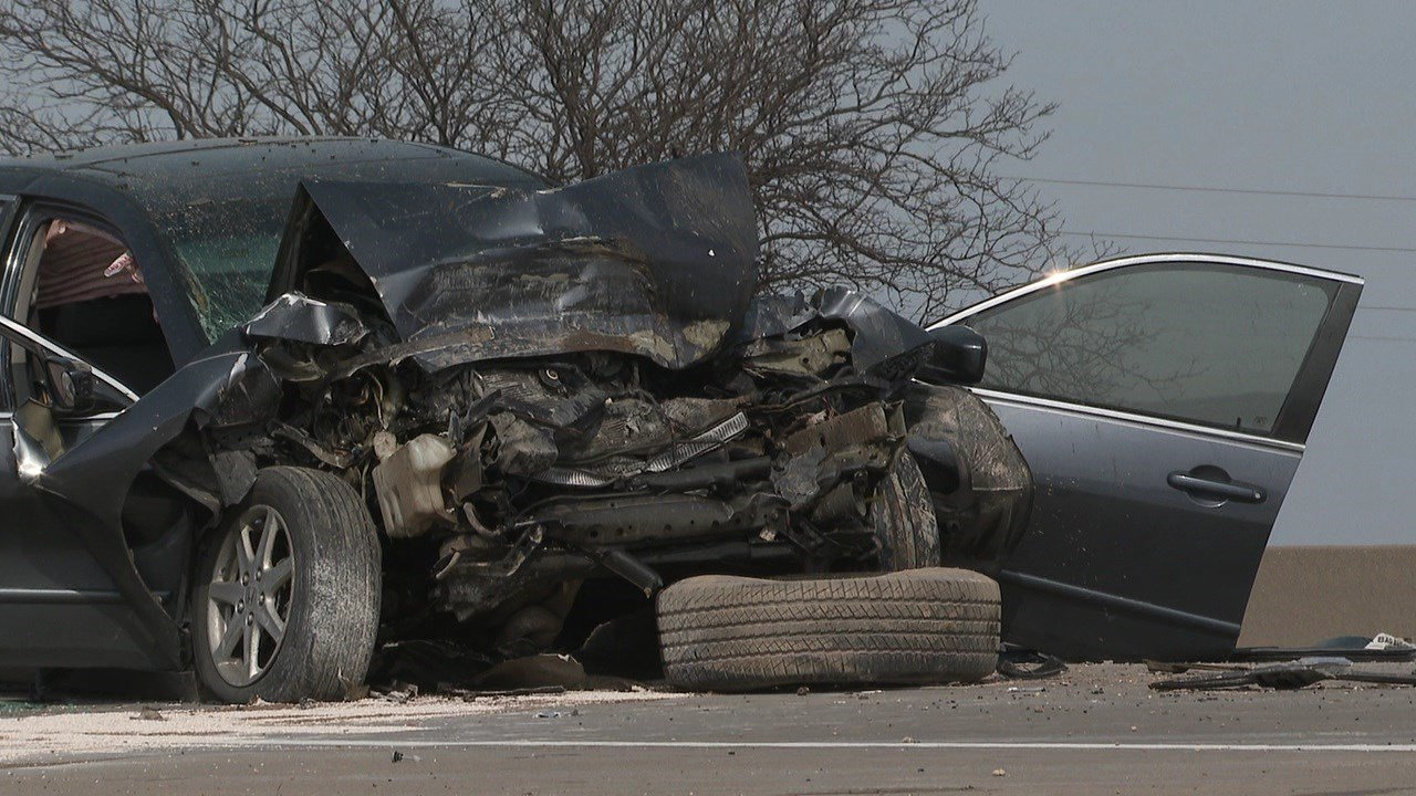 Wichita police identify man killed in crash on Kellogg