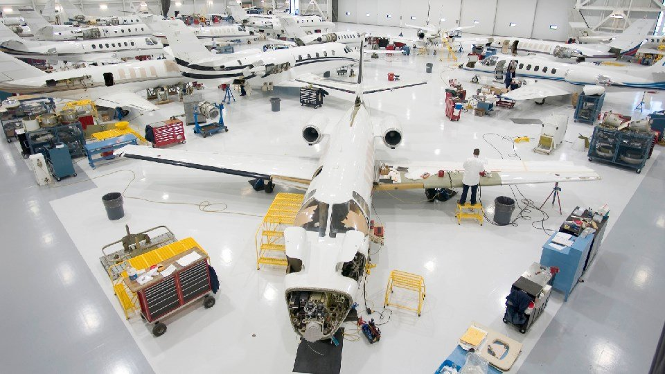 Wichita's Textron Aviation looking to hire 1,000 more employees