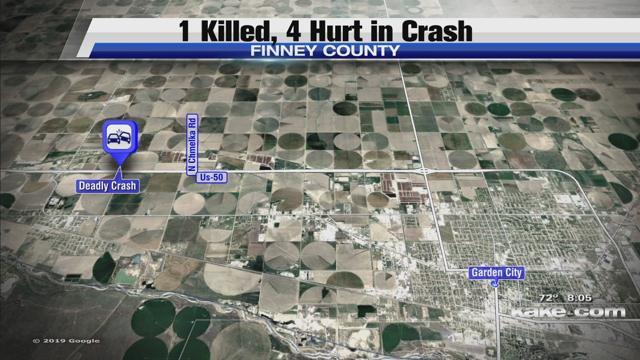 1 killed, 4 hurt in crash near Garden City