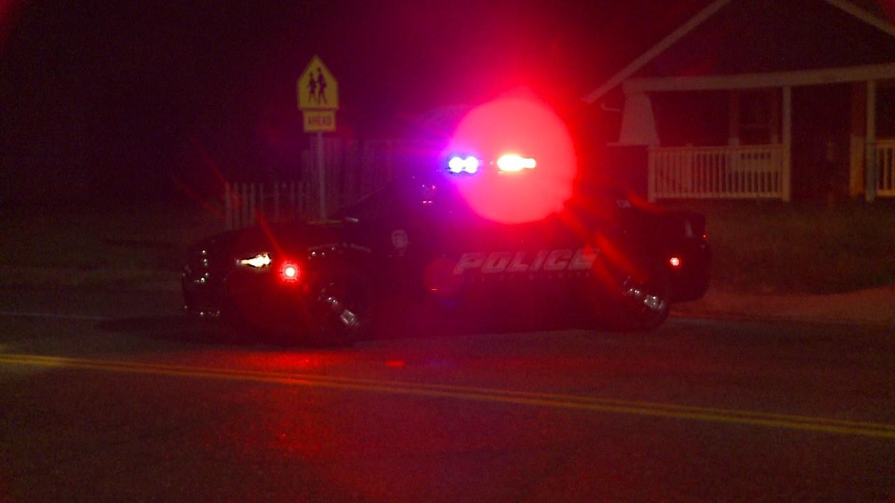 2 men hurt in central Wichita shooting - KTEN com - Texoma